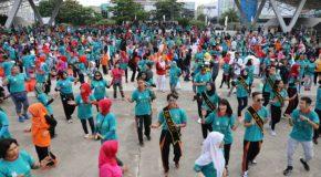 Jalan sehat Harkopnas lintasi kawasan sejarah Makassar